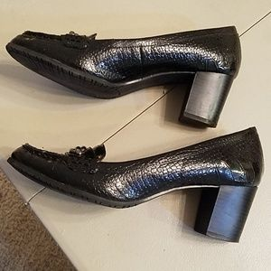 Bandolino Shoes - Leather Croc heeled pumps